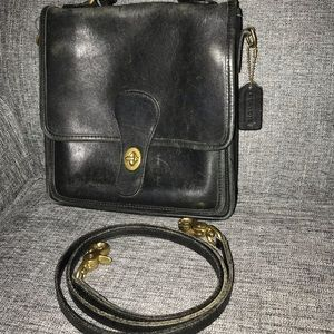 Vintage Women's Coach Station Bag